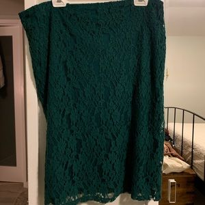 Emerald lace straight skirt